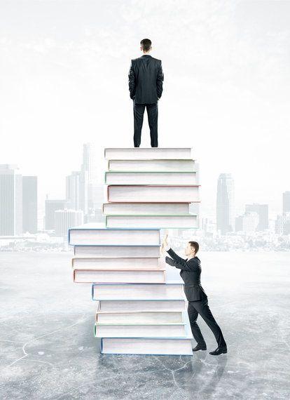 「上司は部下より多くの知識・経験を持っている」という前提が崩れる日