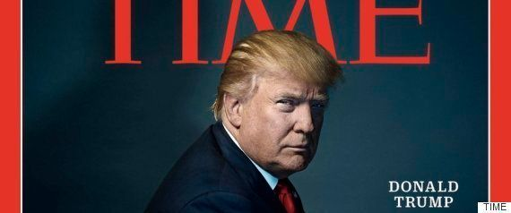 トランプ大統領、偽の「TIME」表紙をゴルフ場に飾る→フェイク画像作成サイトと同じバーコードが...