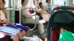ベビーカーの鉄道などでの使用に否定的な人1~2割、国交省の意識調査で