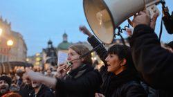 ポーランドの中絶禁止法案、反対多数で否決 女性たちの抗議の声が議会を動かした