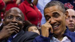 補佐官がベッドでお盛ん その時、バラク・オバマが動いた。