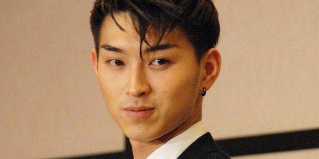 年間を通じて最も活躍した将来有望な新人俳優に贈られる「2009年エランドール賞」の新人賞を授賞した松田翔太さん(2009年2月5日撮影)