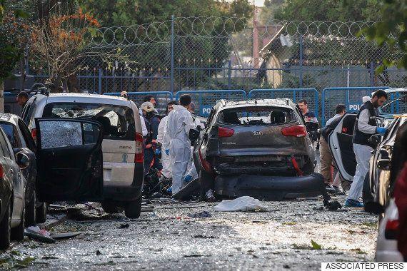 トルコ・イスタンブールで爆発、10人負傷 爆弾はバイクに仕掛けられていた