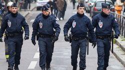 【パリ銃撃】フランス国籍の3人を追跡