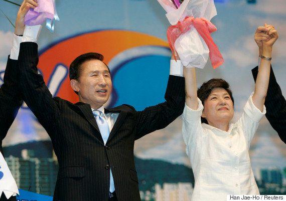 両親はテロで死亡、金正日総書記と会談...朴槿恵大統領の数奇な生涯(画像集)