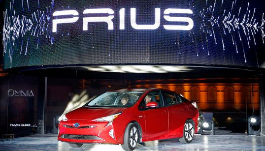 新型プリウス、燃費40km トヨタが6年半ぶりモデルチェンジ【画像】