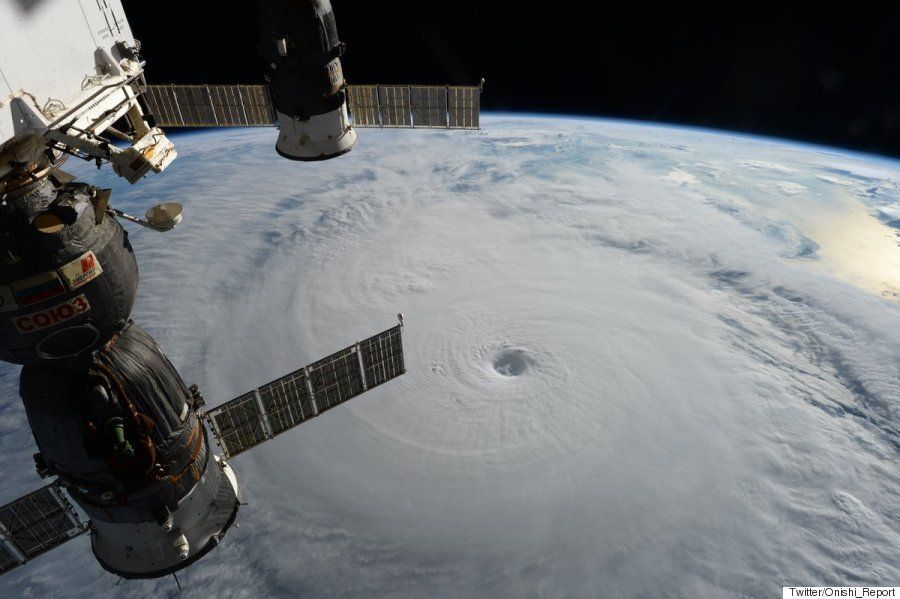 「台風18号」すごい写真が大西卓哉・宇宙飛行士から届いた