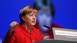 メルケル首相、ドイツ国内でのブルカ、ニカブの着用禁止を支持