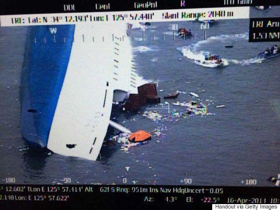 朴槿恵大統領、セウォル号沈没直後にヘアスタイル90分?