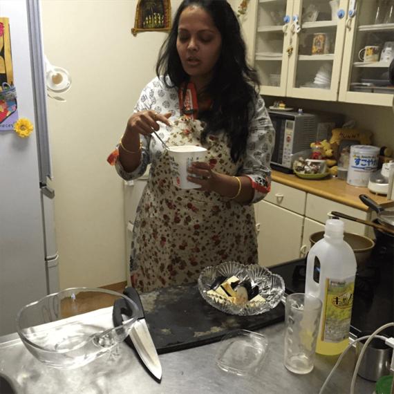 同郷の人からのリクエストが絶えない本場の味!海のある東インドのフィッシュ・カレーをいただきました。