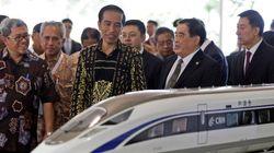 【インドネシア高速鉄道】建設許可が下りる前に起工式を強行した、ジョコウィ大統領の手腕とは