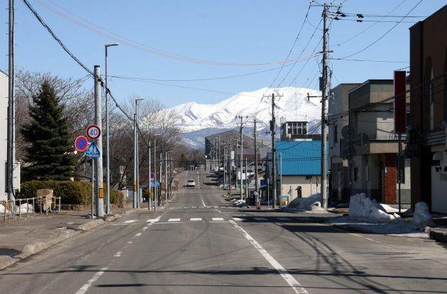 斜里の市街地から見た海別岳(3月27日撮影)