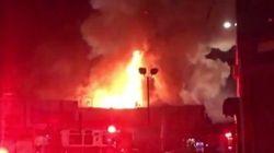 アメリカ・オークランドの倉庫で火災、死者40人の可能性も クラブイベントに参加した若者たちが犠牲に