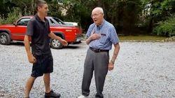 長年あこがれ続けた「夢の車」を家族からプレゼントされたおじいさん、言葉を失う(動画)