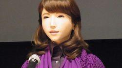 人と自然な対話ができる美人ロボットが開発される