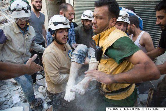 シリアの民間救助隊は訴える「助けが欲しいのではない。殺戮をやめて欲しい」