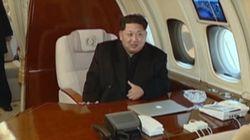 北朝鮮、ミサイル発射場面を公開 金正恩氏はMacBook?片手に現地入り(動画)