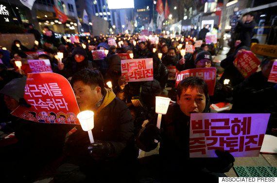 朴槿恵大統領の国民向け談話が発表された11月29日、ソウルではさっそく抗議集会が開かれた