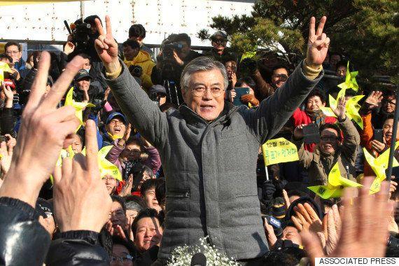 野党第一党「共に民主党」前代表の文在寅氏。2012年の大統領選で朴槿恵氏と接戦を演じた。