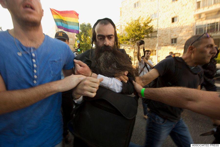 ゲイ・プライド・パレードにユダヤ教徒の男がナイフで襲撃 6人重軽傷