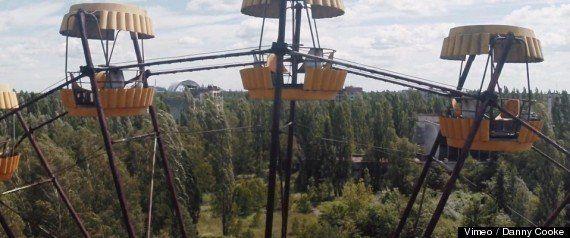 チェルノブイリ原発3号機から煙 ウクライナ当局「放射線量変わりない」