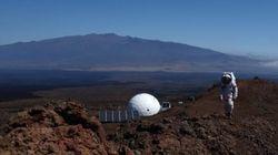 火星に模擬居住する1年間の実験終え「帰還」。彼らの精神状態はどうなった?