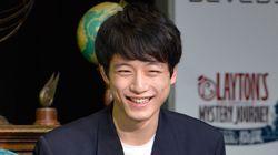 坂口健太郎さんの公式アプリが登場。ファンとの交流が狙い