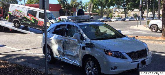 Google自動運転車がもらい事故 最も大きな事例でも、お決まりのコメントを発表