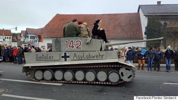 ティーガー戦車が「難民から守る」