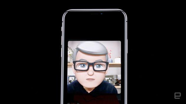 アップル、自分をアニ文字にする「Memoji」発表。舌出しも検出可能に