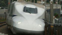 東海道新幹線で3人切られ男性死亡、女性2人重傷 自称22歳を現行犯逮捕