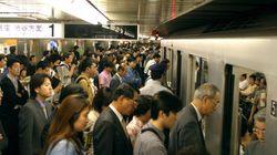 日本で痴漢騒動がなくならない最大の理由は「内向きの日本人」にあり。