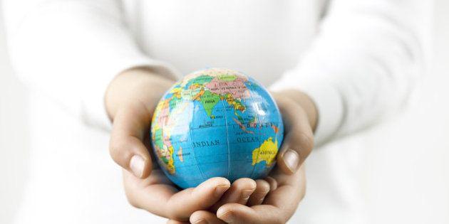「寄付やボランティアを積極的に行った国」ランキング、日本は何位?(調査結果)