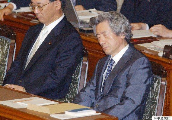 稲田朋美防衛相、議員バッジつけずに国会答弁してヒゲの隊長から注意される