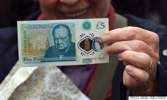 イギリスの5ポンド紙幣に登場したウィンストン・チャーチル、その知られざる5つの真実