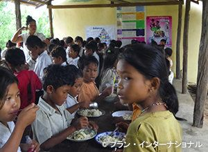 学校給食で元気に勉強!
