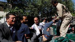 カブールの大爆発で死傷者400人以上、自動車爆弾で自爆テロ 日本大使館の職員も2人負傷【UPDATE】