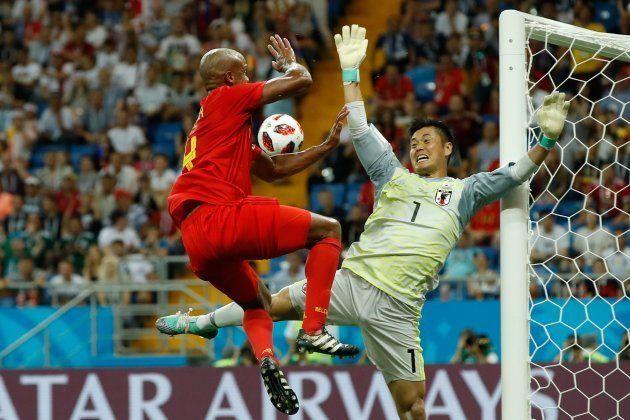 「もはや少林サッカー」川島とコンパニの対決シーンがすごい(ワールドカップ・ベルギー戦)