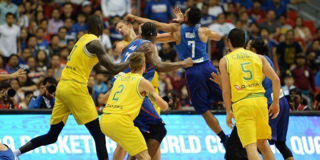 乱闘に発展したオーストラリア対フィリピンの試合