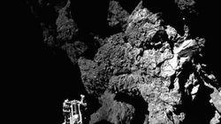 彗星探査機「ロゼッタ」から分離した着陸機「フィラエ」、人類史上初めて彗星上での撮影に成功(画像)