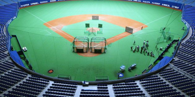 ナゴヤドームでまさかの事態。野球用具が届かず、ヤクルト戦が中止。