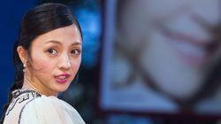 満島ひかり、レッドカーペットにグッチのドレスで登場 ベネチア映画祭【画像集】
