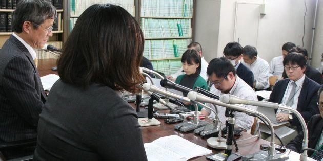 2017年に父母に対する推定相続人の廃除を横浜家裁に申し立て、認められたことを会見で明らかにする麻原彰晃死刑囚の四女