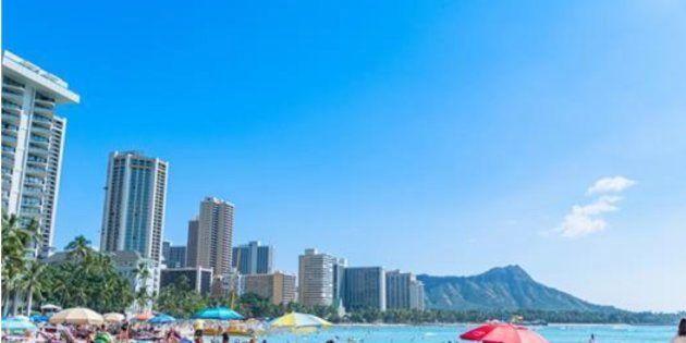 ハワイの日焼け止めは<Reef