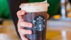 スタバが新しすぎるカップを発表。ストローを使わずに飲めるよ。