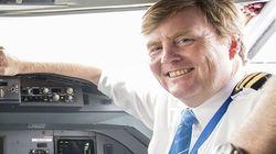 オランダ国王、21年間こっそり航空パイロットをしていた