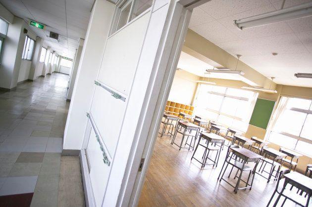 今日もまた暑い教室で授業がおこなわれる ※画像はイメージ
