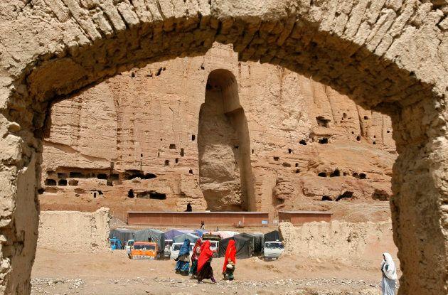 破壊されたバーミヤンの大仏。2009年撮影。