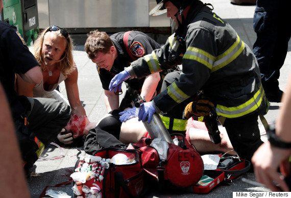ニューヨーク・タイムズスクエアで車暴走 1人死亡、22人負傷 現場の様子は(画像)