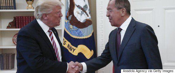 プーチン氏、「アメリカは政治的な『統合失調症』」と皮肉る トランプ氏の情報漏洩疑惑で